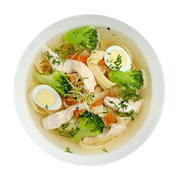 Broth with noodles, chicken breast and quail egg